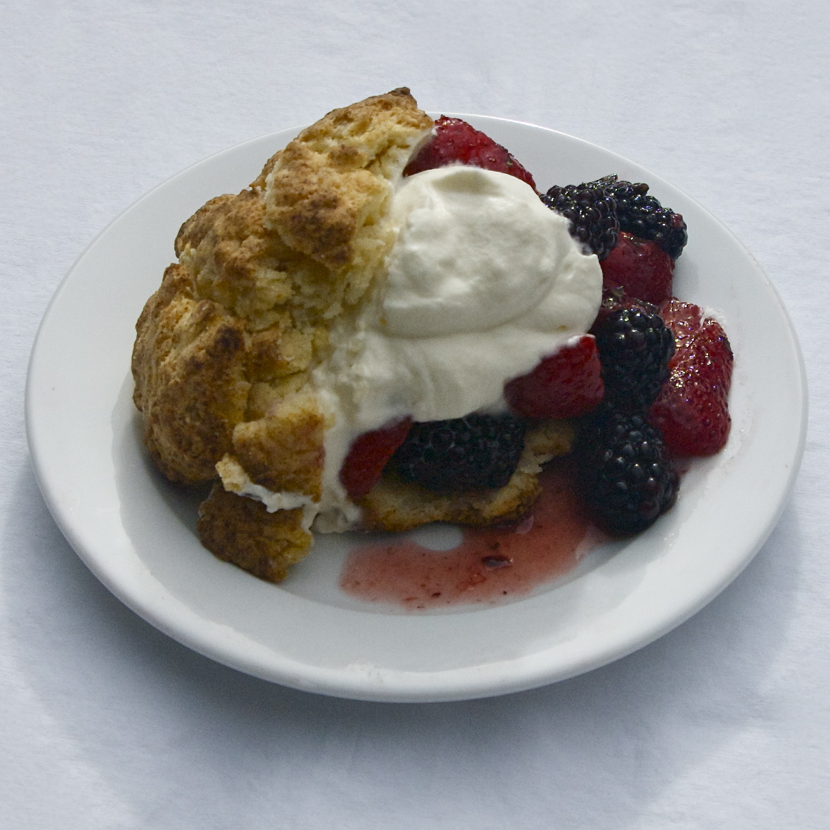 Mixed Berry Shortcakes | scarpetta dolcetto